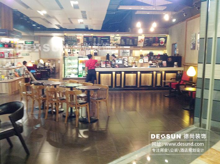 深圳咖啡館大廳裝修效果圖   深圳咖啡館吧臺裝修效果圖   本文由